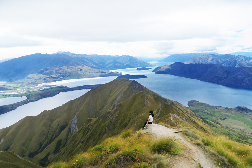roys-peak-hike-new-zealand