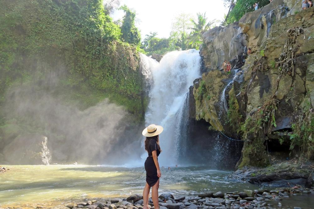tegenungan-waterfall-ubud-bali