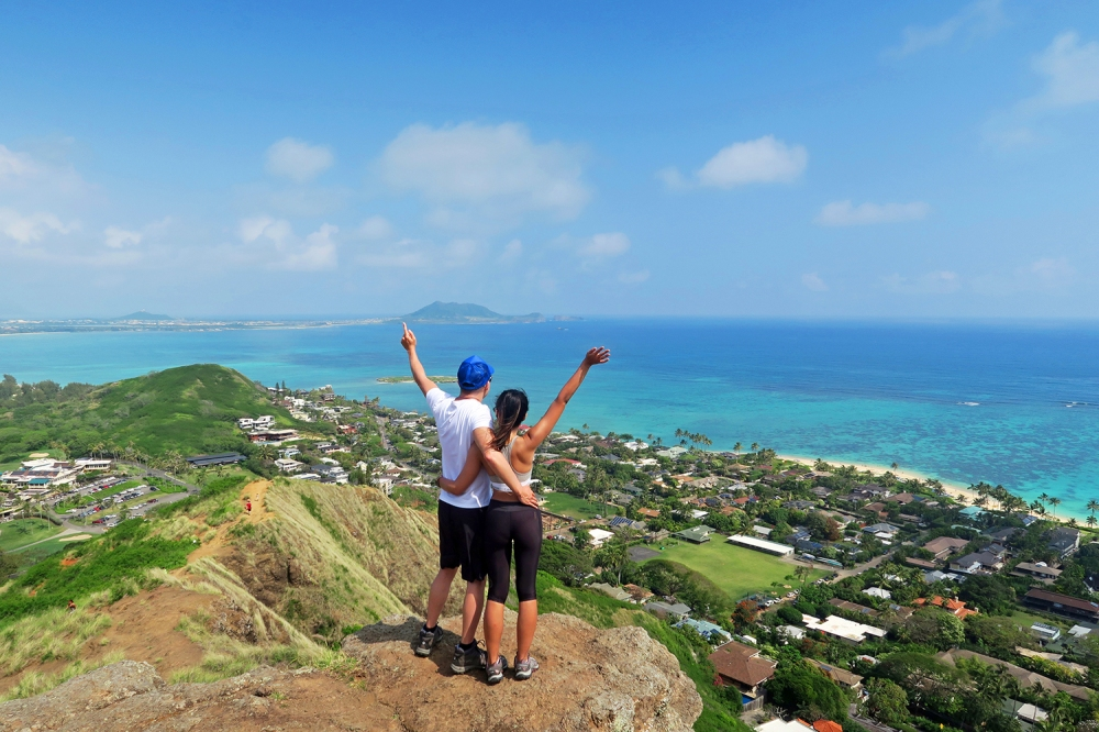 lanikai pillbox hike walk.jpg