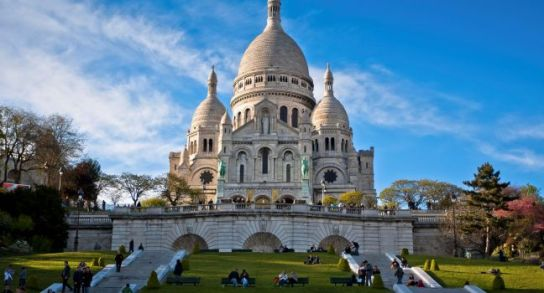 basilica-of-sacrecoeur-montmartre-paris-france_main